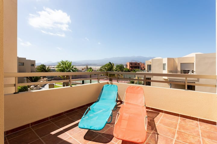Holiday Home La Tejita Beach Friendly with Pool, Wi-Fi & Terrace; Parking Available