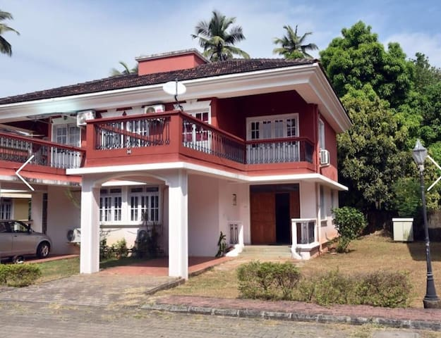 Home Away from Home 4BHK Villa - Colva - Casa