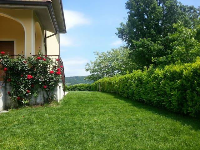 Intera Villetta vicino outlet Serravalle Scrivia - Serravalle Scrivia - บ้าน