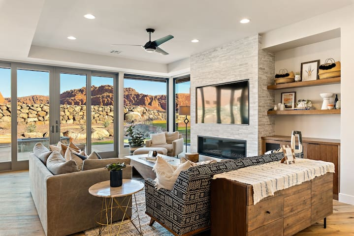 Incredible, luxurious, 3 bedroom home with spectacular views of Snow Canyon - Snow Canyon Retreat #13