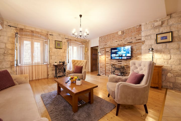 Two Bedroom Apartment Capo -Old Town-  Parking
