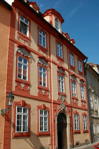 Romantic apartment in Baroque house