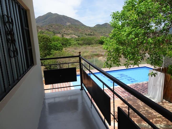 Comoda Habitación en Hotel Real El Refugio! AC
