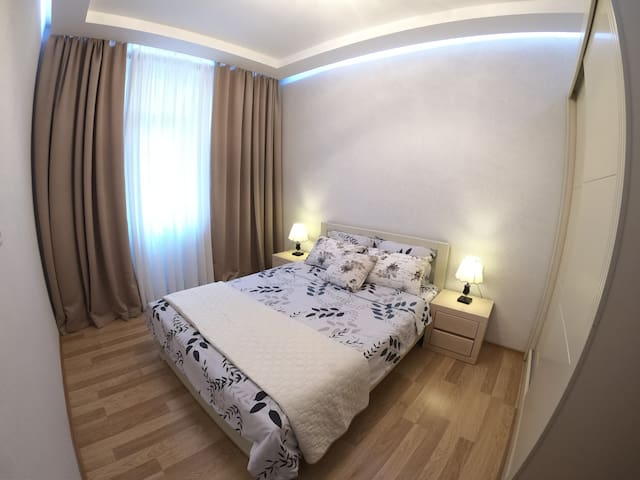 Apartment near to Rustaveli Ave. Zoo and Casino