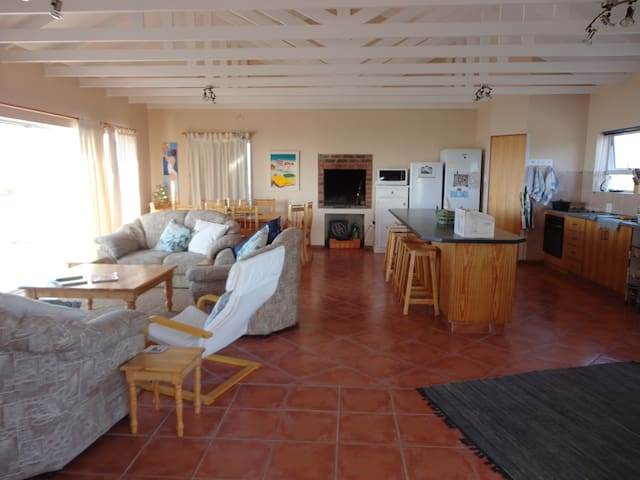 Magic Garden Route seaside escape - Still Bay - House