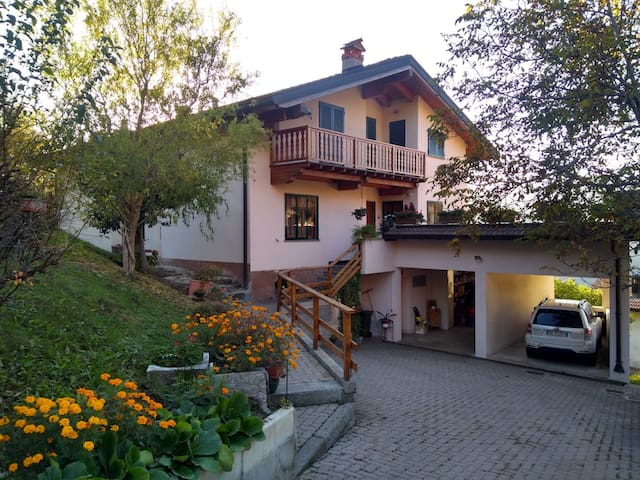 Ca' Silvett with 3 bedrooms and 2 terraces