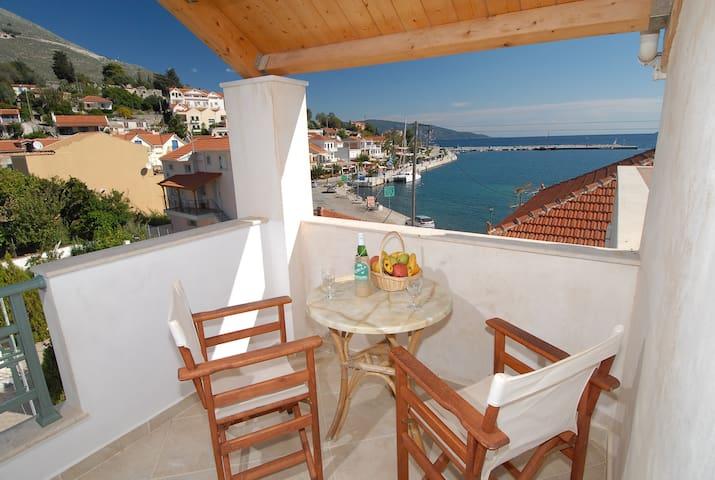 Spacious sea view apartment-maisonette