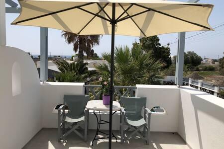 Nice Studio close to the Beach with Pool