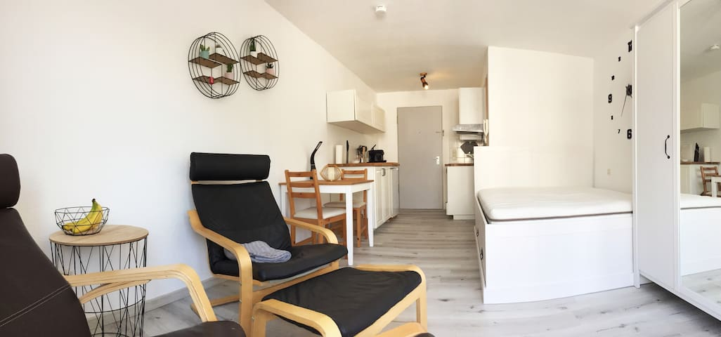 Apartment-middle of Konstanz+parkingspot+NetflixTV