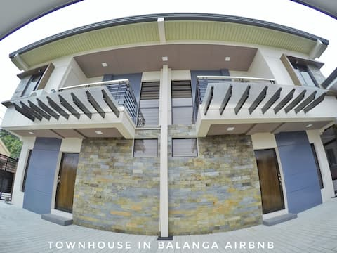Newly Built, Modern, Stylish, Town House I Balanga