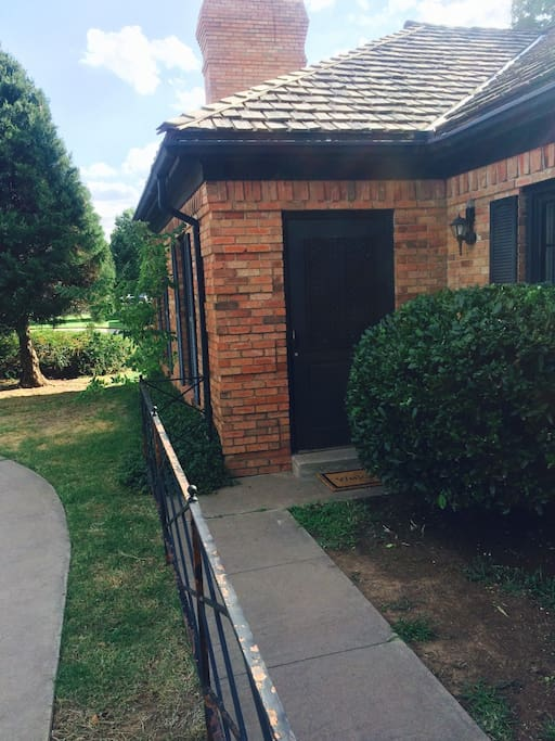 The efficiency apartment is connected to the main house but has it's own entrance located in the front on the left-hand side! Come & go as you please!