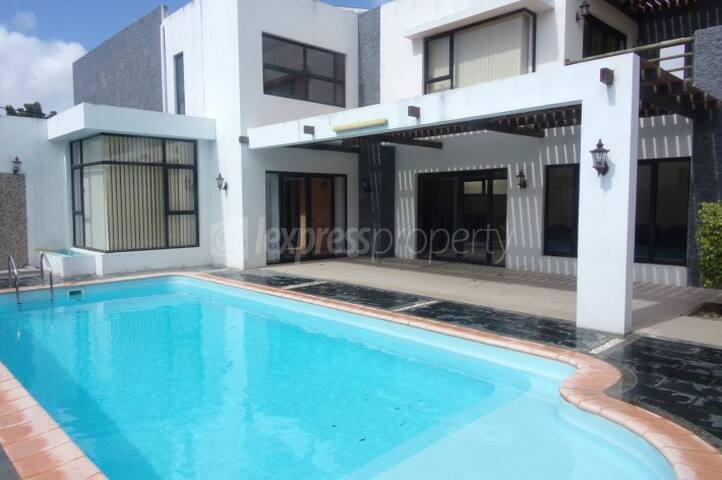 A luxurious  beach house available at Calodyne