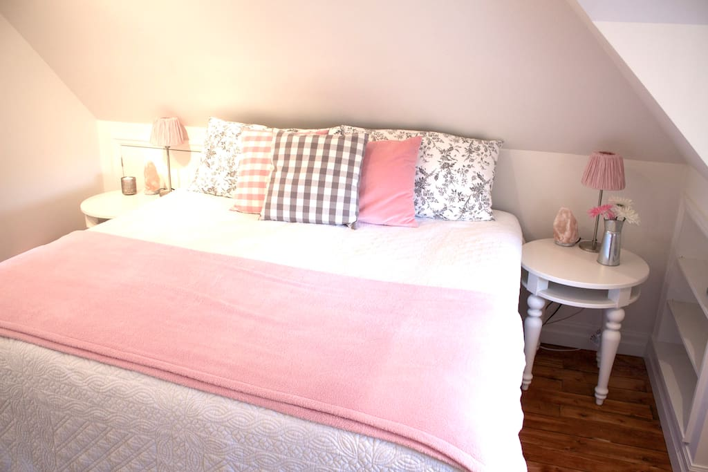 King bed, private loft with in-suite bathroom