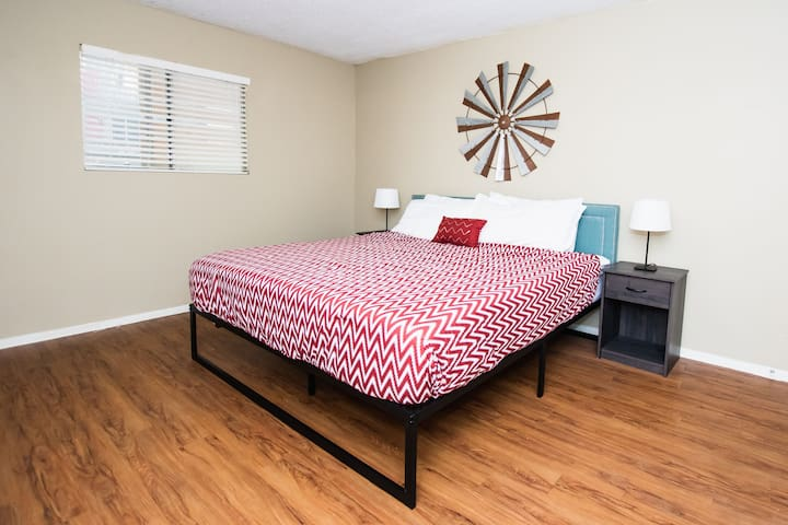 Brilliant One Bed on Red River Street