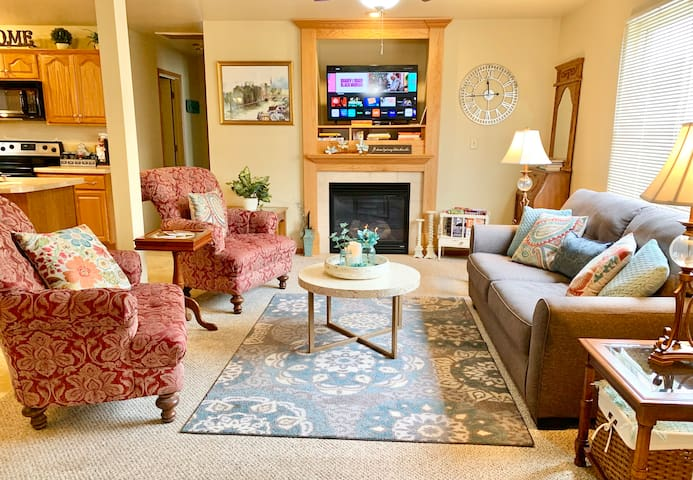 Living Room with gas fireplace, flip a switch and cozy begins.