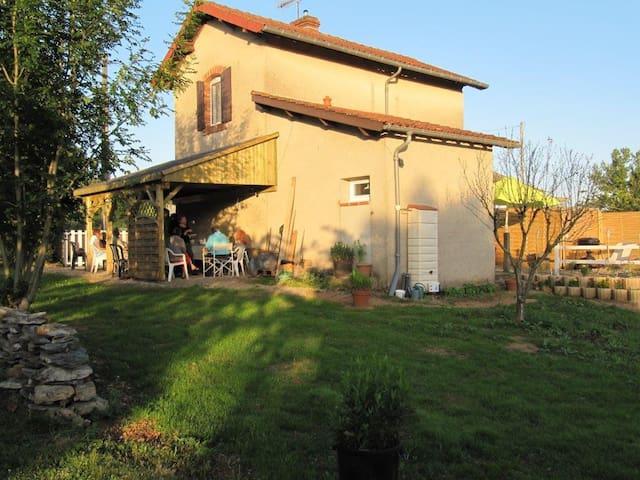 PN 153 maison de garde barrière - Sainte-Gemme - Hus