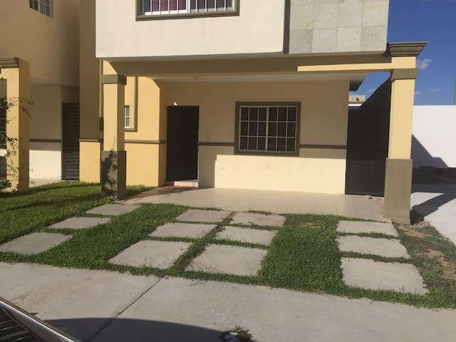 Casa Totalmente nueva y sin uso diario - Ciudad Juárez - Maison