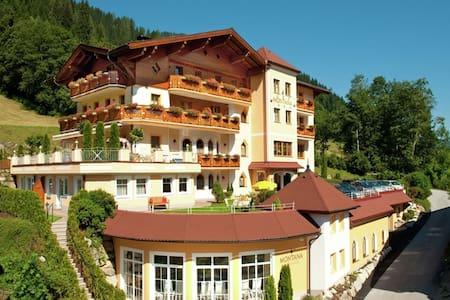 Fancy Apartment in Kleinarl with Sauna, Solarium & playroom
