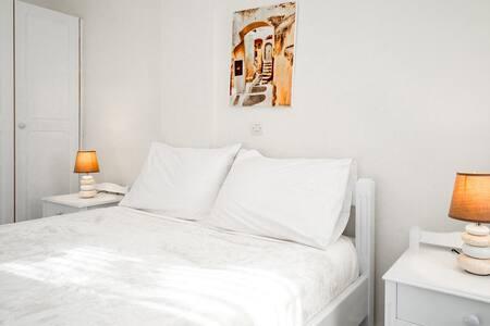 Ersi villas-Cozy private Double room!