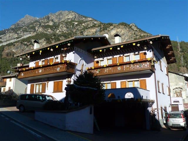 Intera casa ideale per gruppi vicino a Bormio - Premadio - Hus