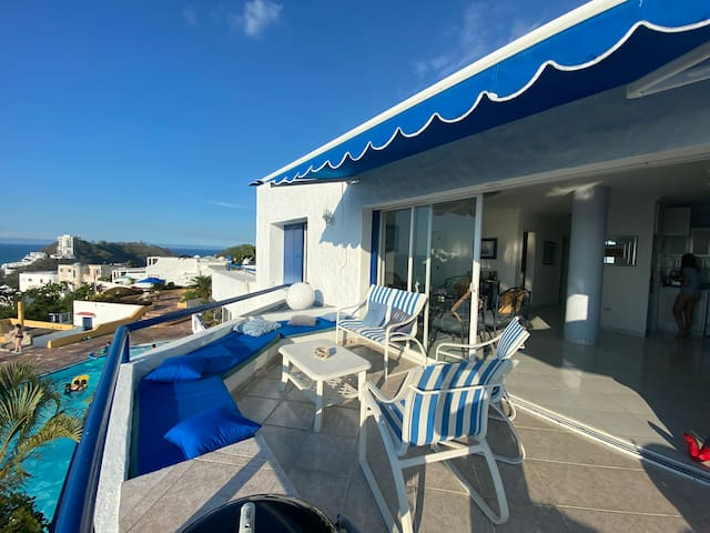 Club Casa Blanca departamento Top con vista al mar