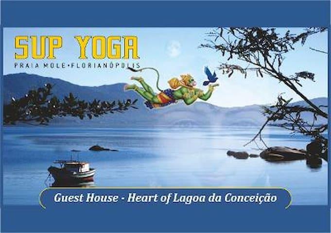 "SUP YOGA FLORIPA...BirdHouse ""Yogi"" Retreat!"