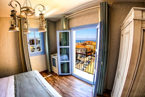Villa Fanti Deluxe Double Room with seaview