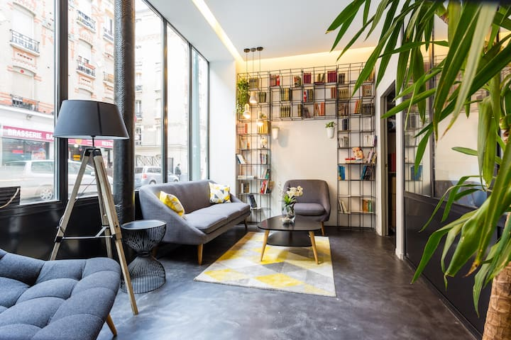 """Room """"Milan"""" Design, free acces SPA & GARDEN"""