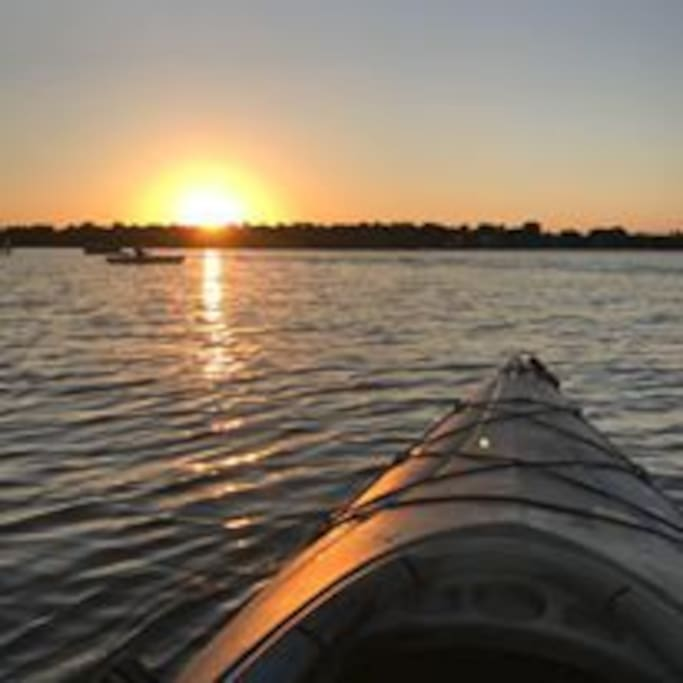 Gorgeous sun sets and rises (Kayaks not included)