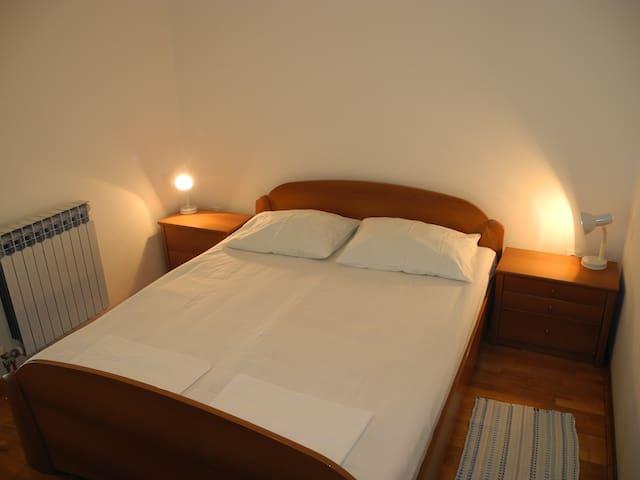 spavaca soba / bedroom