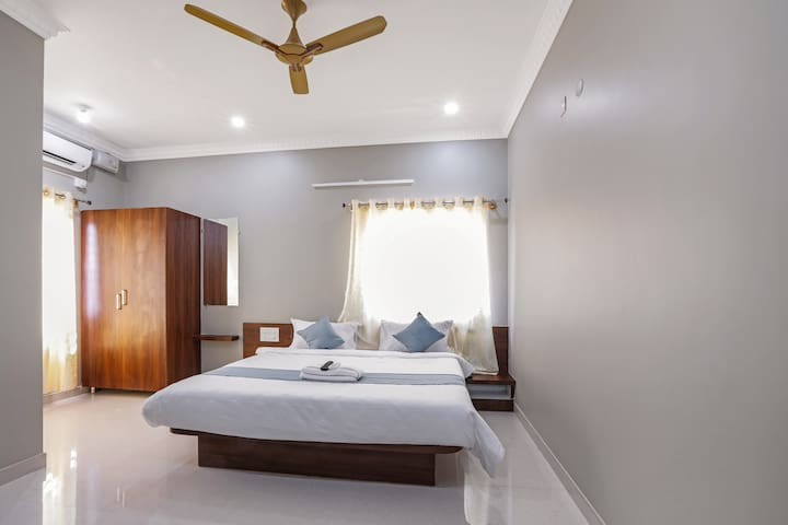 Gateway Suites - Best Place to stay