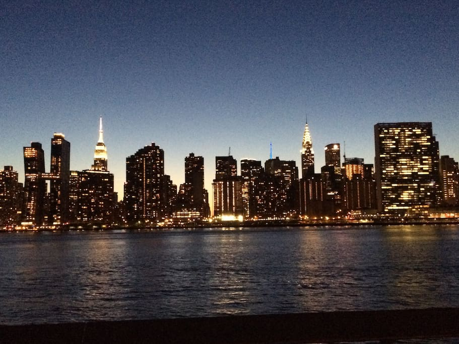 You are 2 blocks away from this stunning view and only one subway stop away from actually being in Manhattan