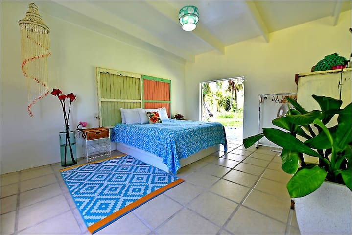 Plantation House - Nikao - comfort in Paradise.