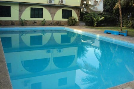 Elegant 1bedroom with swimming pool - Pis