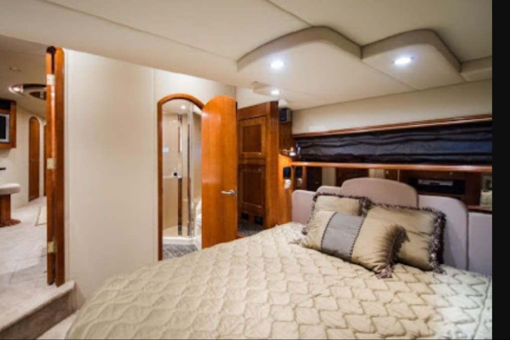 Master State room with full ensuite Shower and Toilet