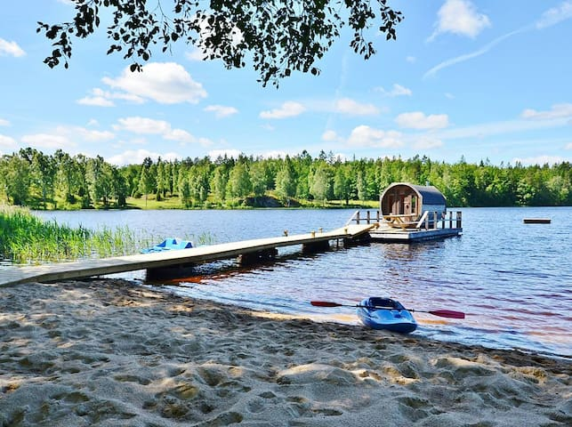 Private beach with all-inclusive spa experience - Ronneby - Hytte