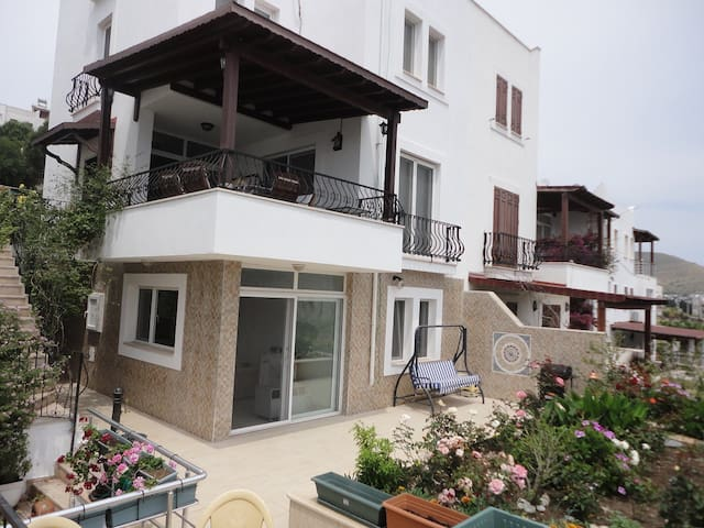 Bodrum Akyarlar Duplex For Summer Rent