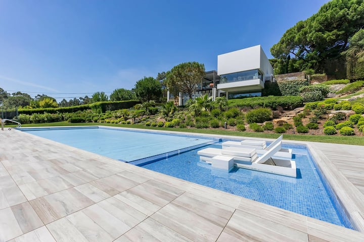 Modern traditional house with heated pool