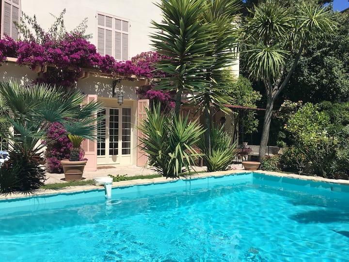 Beautifull villa in the heart of Juan Les Pins