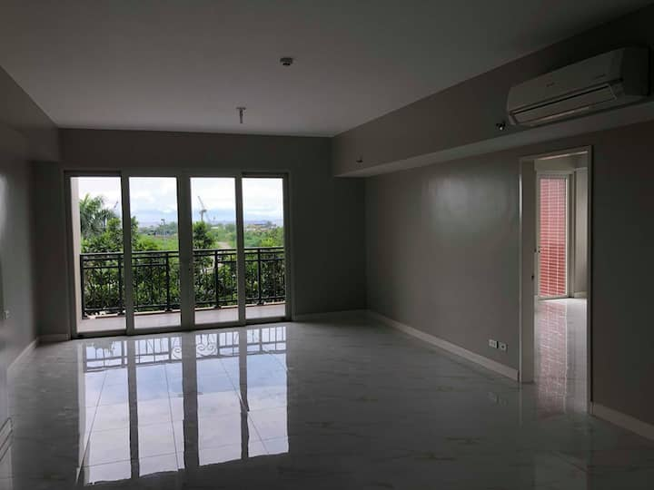 Monarch Parksuites 3 Bedrooms FOR RENT 吉房出租 三房一厅
