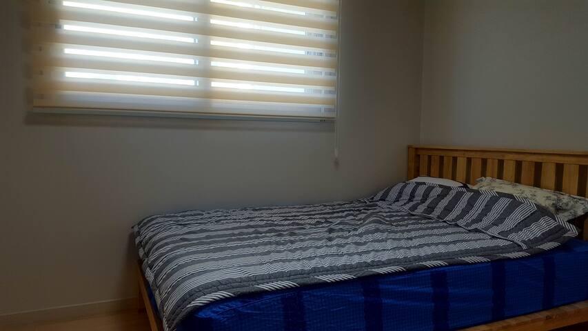 퀸사이즈 침대!