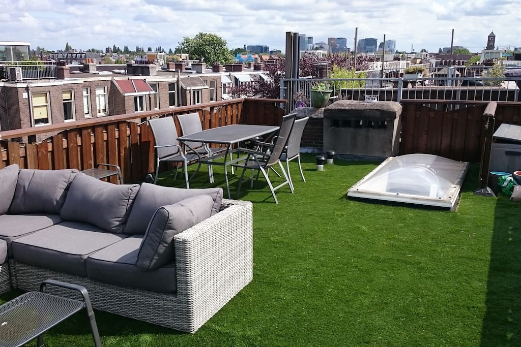 The great rooftop terrace. Enjoy the sun and the view from this unique spot!