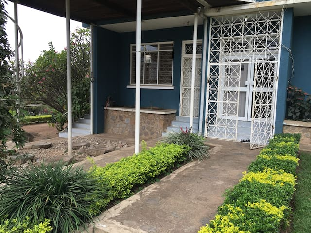 Excellent and secure apartment - Mwanza - Apartment