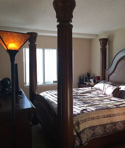 Luxury high rise 12 minutes from DC - Alexandria
