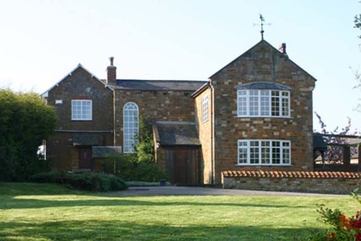 Styles Lodge - Rothwell - Bed & Breakfast