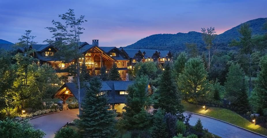 Whiteface Lodge - LARGEST CONDO - 3+ Bedrooms