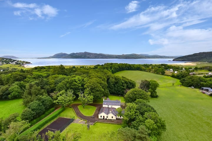 Large 5 bedroom home near the Wild Atlantic Way