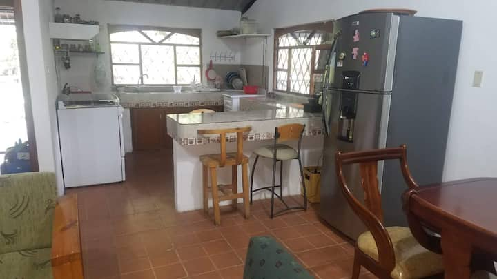 Casa Rustica a Pocos Kilómetros de Riobamba-Penipe
