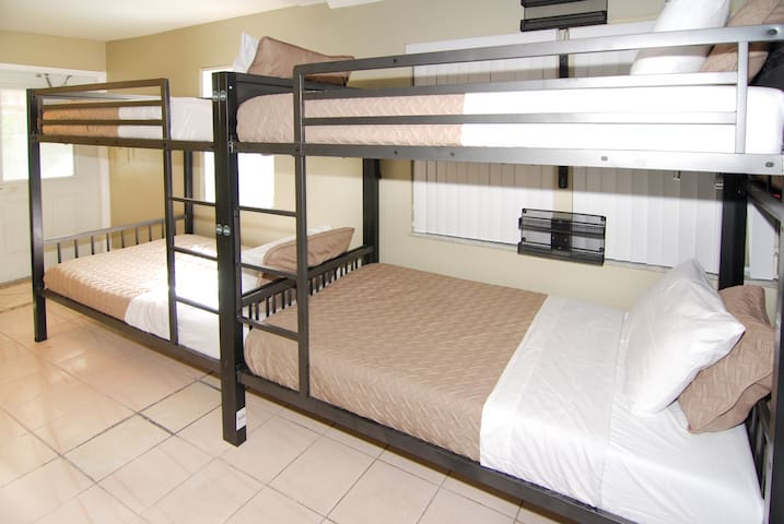 One Bed in SHARED HOSTEL Mixed Dorm Room @401