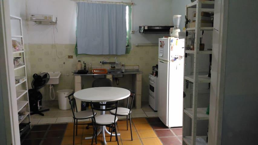 Apartamento prático, perto de tudo